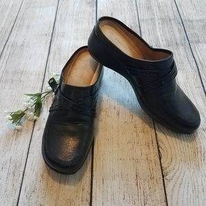 Easy Spirit Black Leather Slip On Clog 9M E